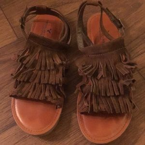 American Eagle Tassled Sandals W size 8